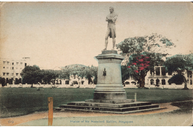 Statue of Stamford Raffles at the Padang