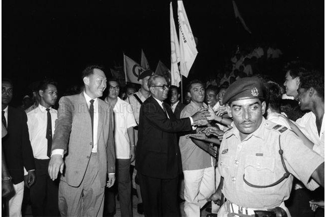 Lee Kuan Yew with Tengku Abdul Rahman on Merger Mission