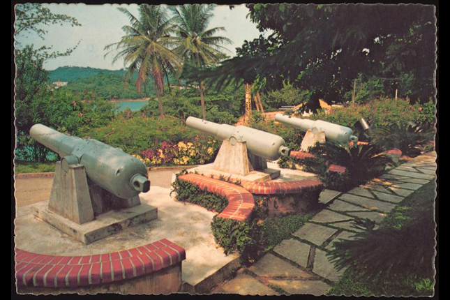 Fort Siloso Cannons