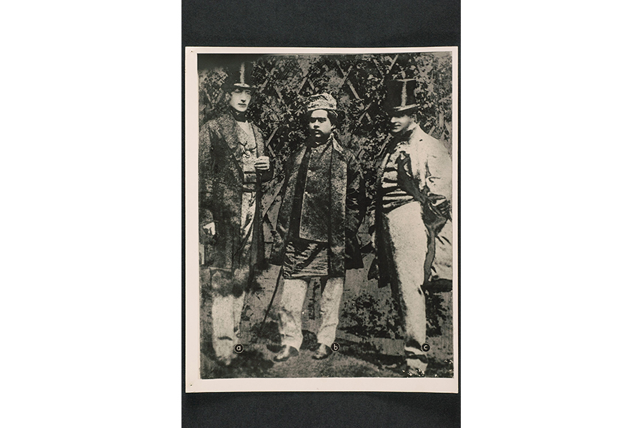 photograph-of-malay-sultan
