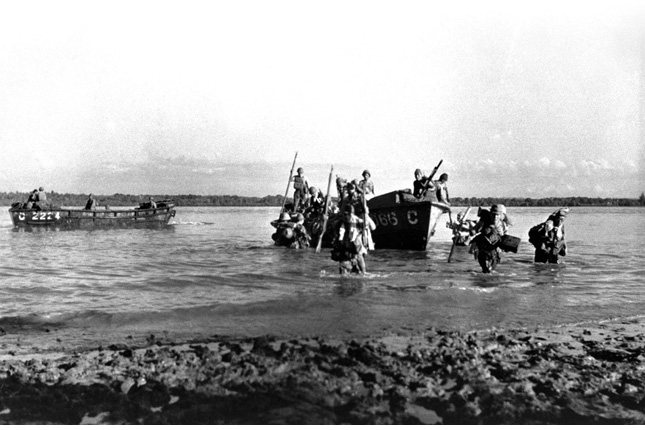Japanese Troops landing in Singapore