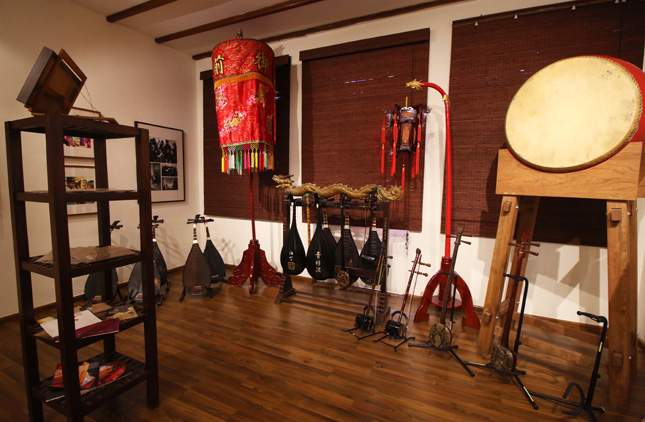 Instruments used in nanyin music at Siong Leng Musical Association