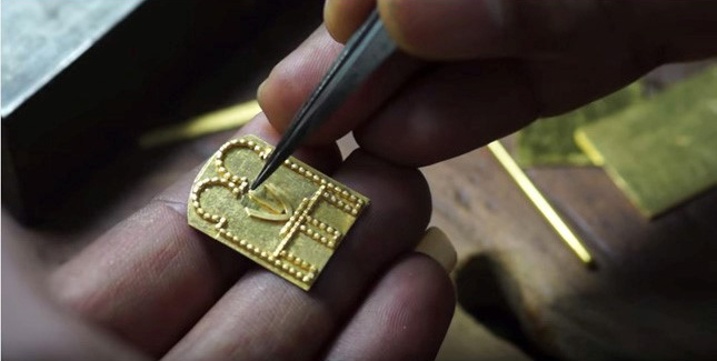 Making of Gold Jewellery by Indian Goldsmiths